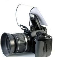 Diffusore universale per flash incorporato nelle reflex.
