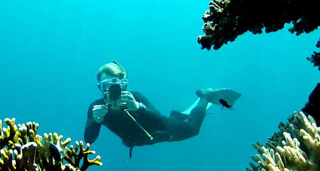 Foto in immersione sott'acqua con la fotocamera.