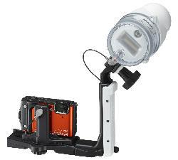 Nikon w300 con flash subacqueo esterno.