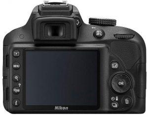 Display della Nikon D3300 con pulsanti.